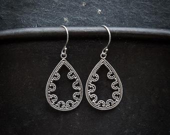 Silver Earrings, Silver Drops, Teardrop Earrings, Filigree Earrings, Delicate Earrings, Silver Filigree, Sterling Silver