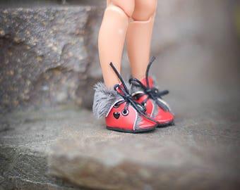 Blythe winter red shoes - blythe boots - doll shoes by BlablaBlythe
