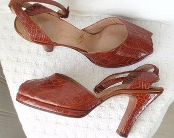 Chestnut 1940's Alligator Platform Shoes Ankle Straps  Sz 4 or 4 1/2 Lewis Johansen .  WW11  . Vintage Glamour . Lindy Hop .