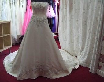 Mon Cheri Champagne Wedding Dress Size 14 (CA32)