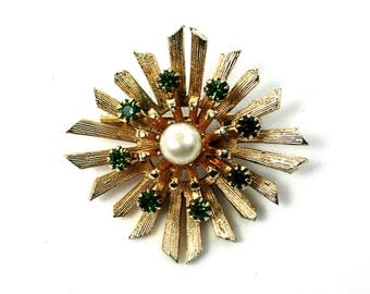 Vintage gold starburst brooch green rhinestone brooch Coro jewelry