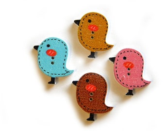 6 Wooden Bird Buttons