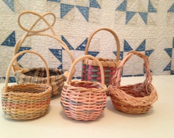 """Set of 5 Vintage Tiny Baskets. Small Hand Made Colorful Baskets 5"""" to 9"""" tall. Pastel Mini Basket Set."""