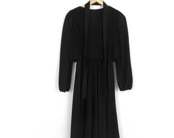 70s Black Accordion Pleat Midi  Midi Dress