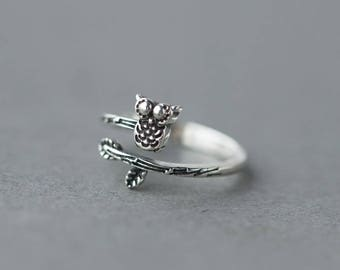 Free shipping: silver adjustable leaf owl  ring, open ring, midi ring