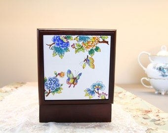 """Hand Decorated  5"""" Square Wood Box with Tile Lid"""