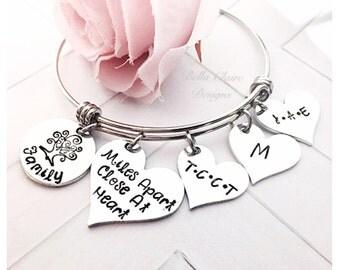 Mom bangle bracelet, adjustable mothers personalized bracelet, tree of life grandmothers bracelet, mothers love bracelet, tree of life bangl