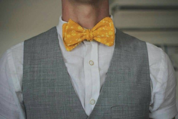 Self tie Bowtie with adjustable neck