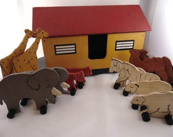 Vintage Wooden Folk Art Noah's Ark Toy with Six Pairs of Animals - Grandad's Toy Company - Vermont  1953