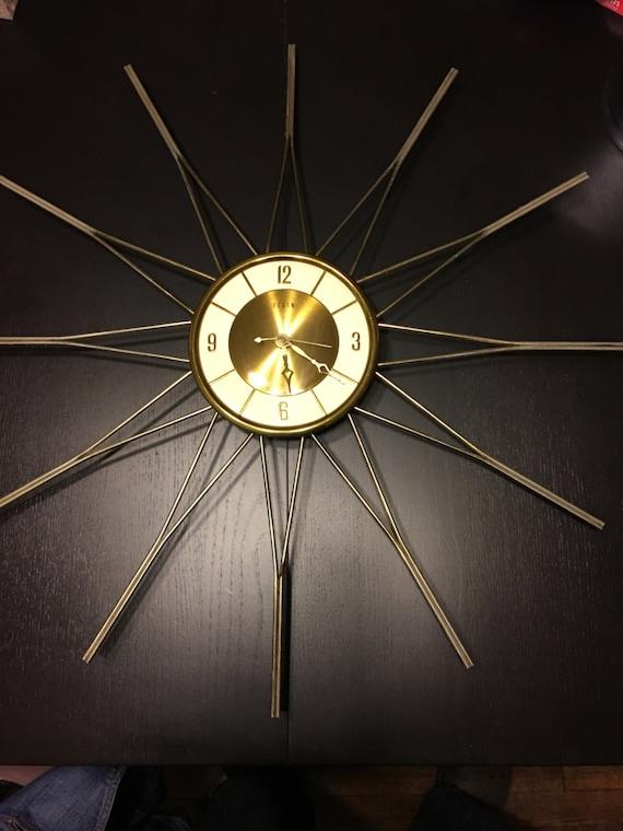 Incredible Working Vintage Elgin Starburst Wall Clock