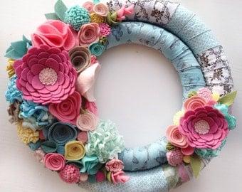 Felt floral wreath - wedding wreath decor - Farmhouse Summer Wreath  -Front Door Wreath - Summer Wreath with Seafoam, Coral and Pink Flowers