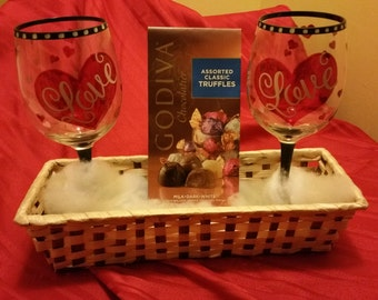 Love is in the air. Valentine's is coming and give that special someone candy and LOVE wine glass