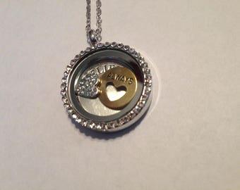 Necklace 17 inch  round pendant locket