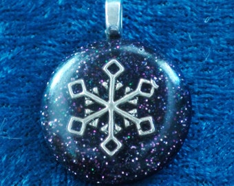 Silver Snowflake Chakra Tuning Blue Orgone 25mm Pendant 72 energy harmonizing crystals Quartz adjustable black cord silver metal chain