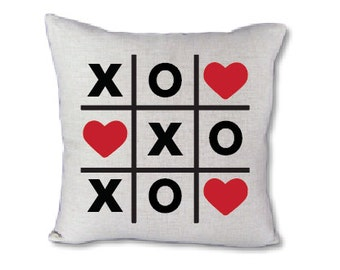 Tic Tac Toe Valentine's pillow cover