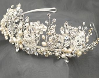 Bridal Leaf Crown, Freshwater Pearl Wedding Tiara, Silver Wedding Crown, Floral Bridal Tiara, Flower Crown, Silver Leaf Wedding Tiara HMH009