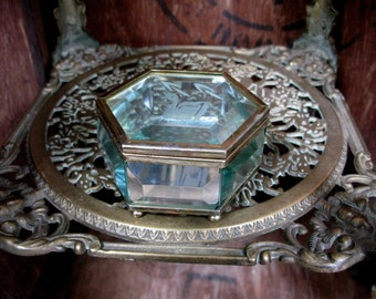 Swan Trinket Box, Etched Glass, Glass Trinket Box, Dressing Table, Trinket Box, Jewelry Box, Jewellery Box, Vintage Box, Hexagonal Box