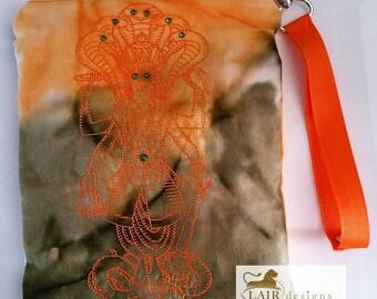 Vishnu Wristlet with Detachable Handle