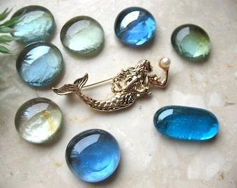 Mermaid brooch, sea creature pin brooch, Sirene pearl pin