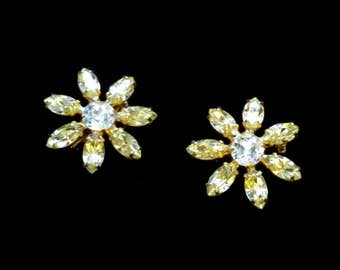 Vintage Set of 2 Scatter Pins, Rhinestone Daisy Scatter Pin Set, Small Brooches, Gold Tone, Mid Century, Circa 1950s, Includes Gift Box