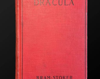Dracula, Bram Stoker, 1927, Illustrated with Universal Pictures Movie Plates