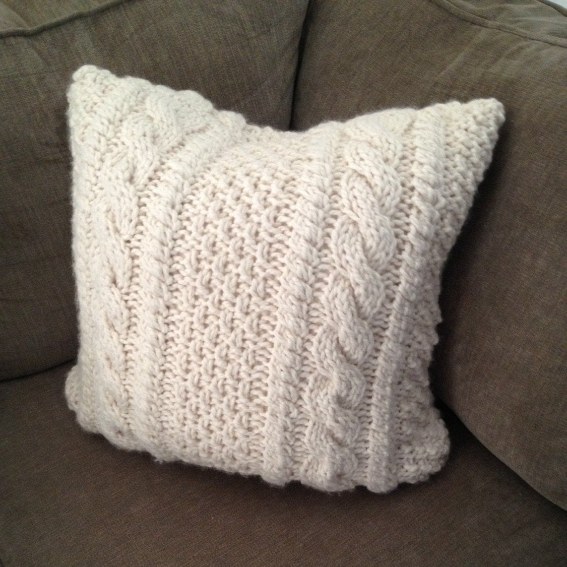 Cable Knit Pillow Pattern : Chunky Cable Knit Pillow Cover