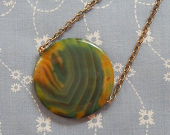Round Olive Green Ripple Stone Antique Brass Plated Pendant Necklace