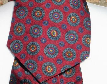 1960's Men's Vintage Burgundy and Blue Patterned Cravat