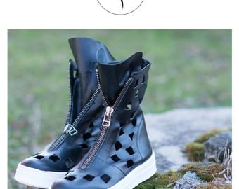 Womens Shoes, Black Boots, Leather Boots, Womens Sneakers, Leather Shoes, Black Shoes, Black Sneakers, Sneakers by EUG FASHION