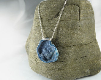 Druzy agate Geode with silver chain, Druzy pendants, necklace with agate pendant blue, followers sparkling Geode agate Druze, boho necklace, Druze