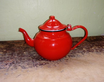Red enamelware, vintage teapot, French country kitchen, rustic home decor, country living, French shabby chic, farmhouse decor, cottage chic