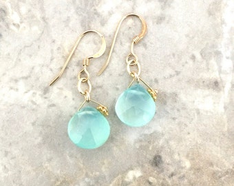 14 kgf Aqua Chalcedony earring