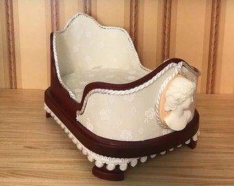 1:12 Scale Miniature Dollhouse Cameo Sleigh Bed