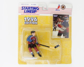 Vintage 90s Joe Sakic 1996 Edition Figurine - Colorado Avalanche NHL Hockey - Brand New - Starting Lineup - Action Figure - Collectible