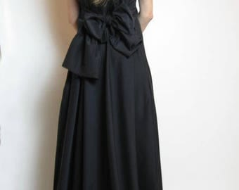 Black maxi dress, Bow dress, Bridesmaid dress, Long dress, Maxi dress, Plus size dress, Formal dress, Black gown