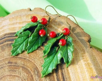 Holly Earrings Holiday Earrings Holiday Gift Christmas Earrings Green Red Jewelry Holly Berry Christmas jewelry Christmas polymer clay gift