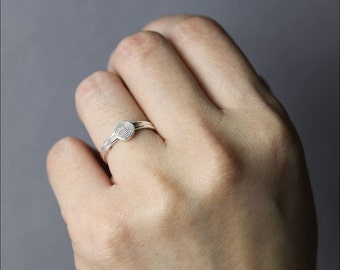 Fingerprint Jewelry • Dainty Fingerprint circle  Ring • Tiny Fingerprint Ring •  Fingerprint Jewelry • Mother's Gift