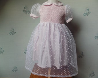 Ceremony-daughter-2 ans-robe-coton-tulle-rose-blanche-col Claudine-sleeves short-smocking dress hand-embroidered hand