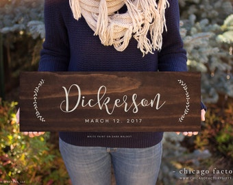 Personalized Last Name Wood Sign, Family Established Sign, Wedding Gift, Custom Wood Sign, Personalize Wedding Gift, Hanging Plaque (GP1041)