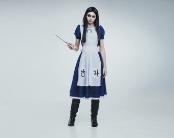 Alice cosplay costume from the video game Alice: Madness Returns, Mcgee
