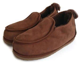 Deluxe Mens 100% Twinface Sheepskin Suede Slippers Moccasins in brown colour Handmade  Men's Shoes Wool Slippers Ugg style SIZE: EU 42/ UK 8
