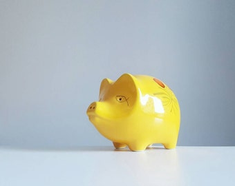 Vintage hand painted yellow piggybank from Italy - Italian piggy bank