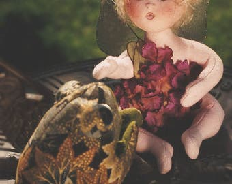 Robin, A Baby Flower Fairy Cloth Doll Pattern - Doll Making E-Pattern - PDF
