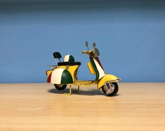 Vintage yellow scooter vespa miniature,Italian scooter, Handmade decorative collectible,Dollhouse miniature,Toy scooter vespa,Doll Vespa