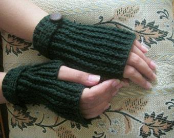 Crochet Finger-less Mittens