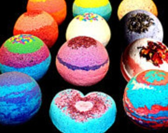 Bath Bombs - 4 Pack FIZZY -4.5oz BATH BOMB - Mix and Match- Lush Organic Fizzies