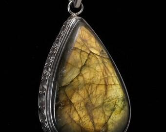 5cm LABRADORITE & Sterling Silver Pendant - Blue Labradorite Stone, Labradorite Jewelry, Labradorite Necklace, Labradorite Pendant J616