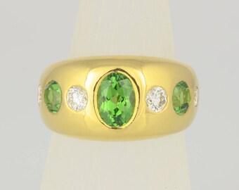 Ring • Tsavorite • brilliant • gold • diamonds • Garnet