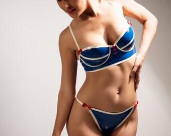 Latex bra (with underwire)