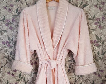 1980s Victoria's Secret Chenille Robe Pale Peach